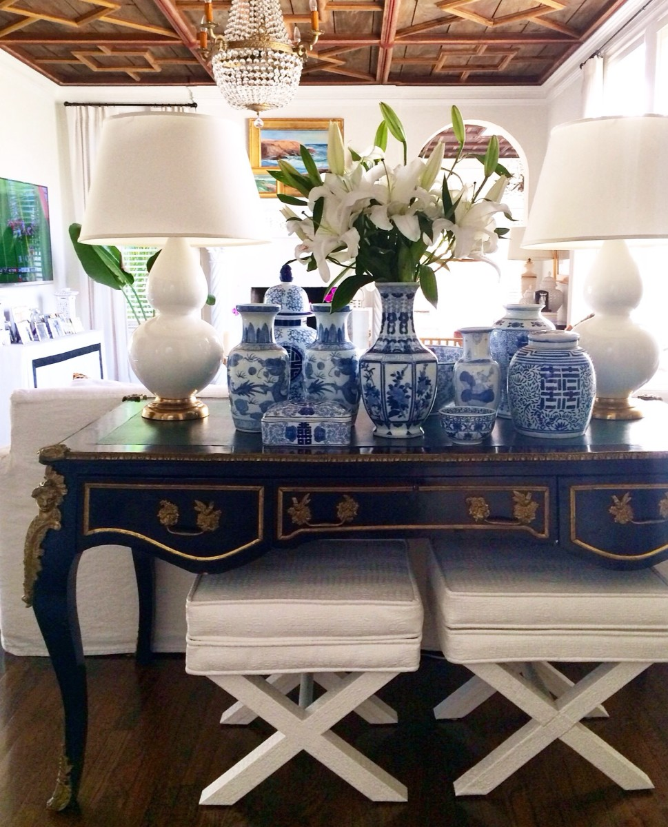 Palm beach home style 5 tips from luxe report designs for Table 52 west palm beach