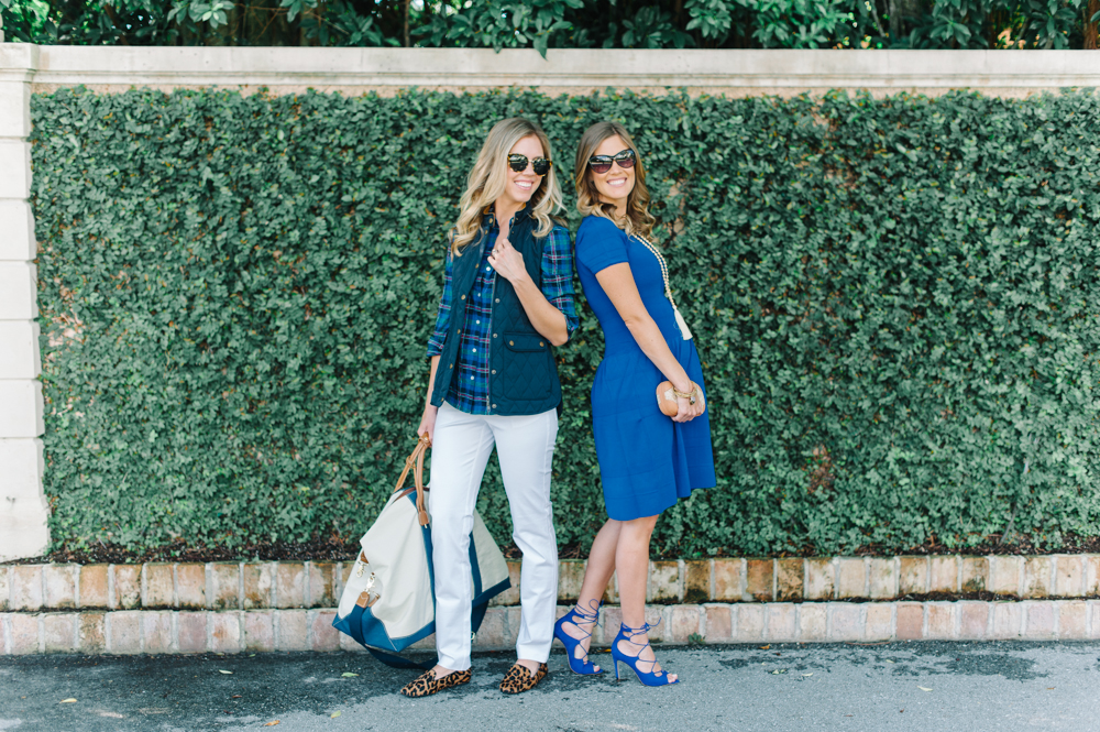 blue_dress_heels_vest_blouse_white_pants_leopard_shoes_clutch_bag_sunglasses_palm_beach