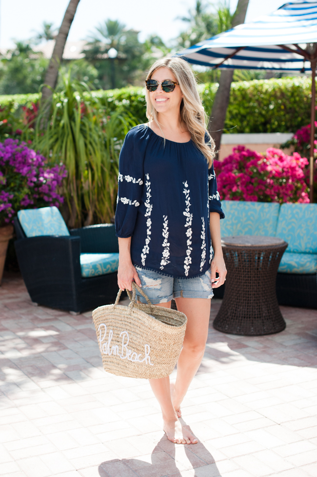 maternity_navy_top_jean_shorts_straw_tote_pool_the_colony_hotel_palm_beach_lately