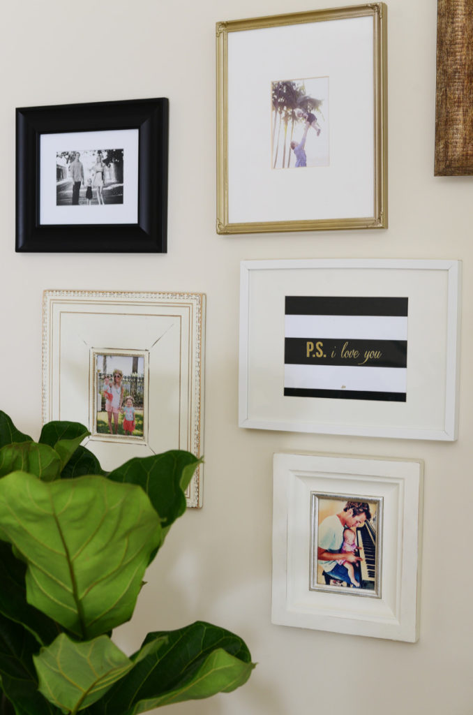 gallery_wall_white_black_gold_family_palm_beach
