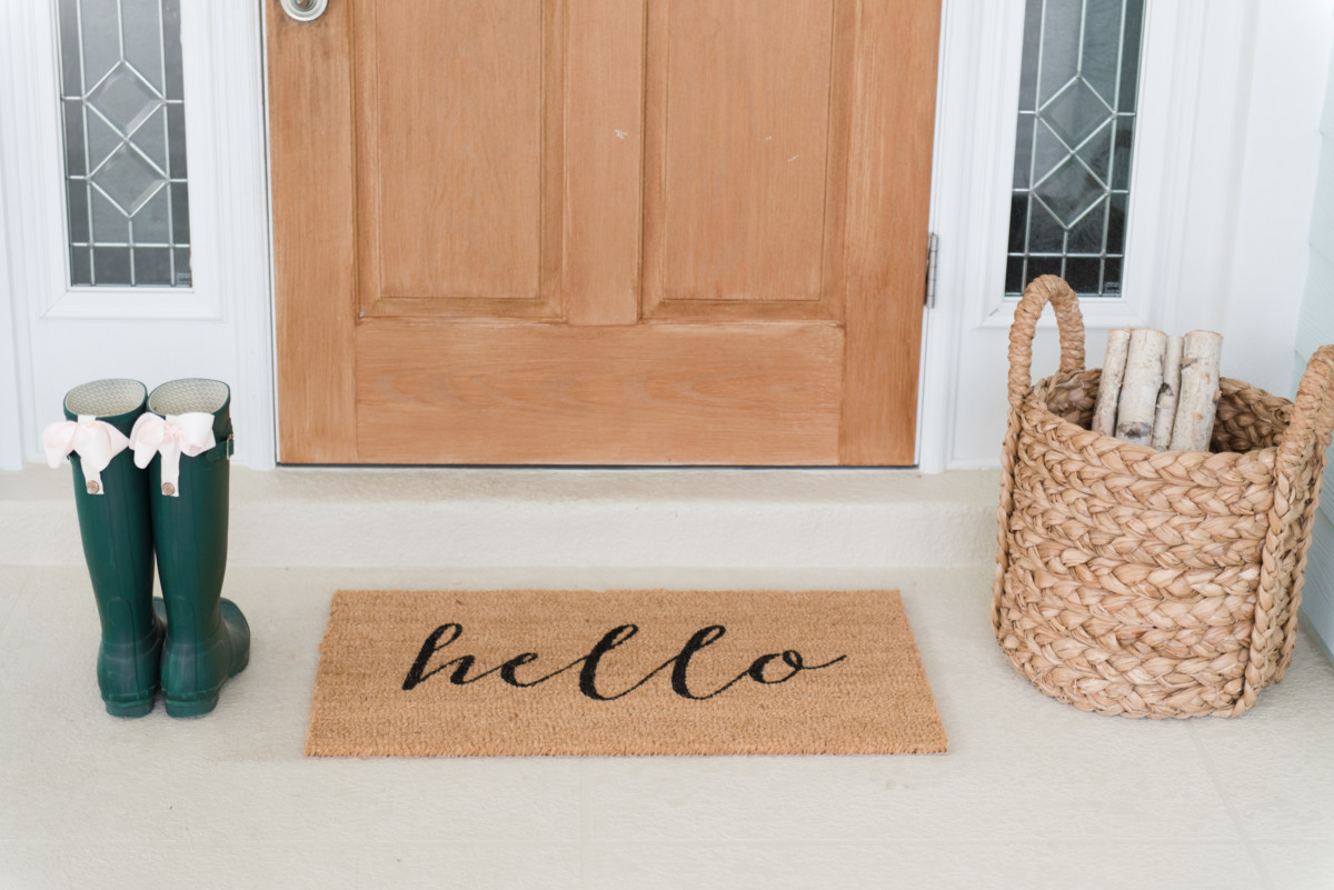 outdoor_home_holiday_decor_palm_beach_hello_doormat