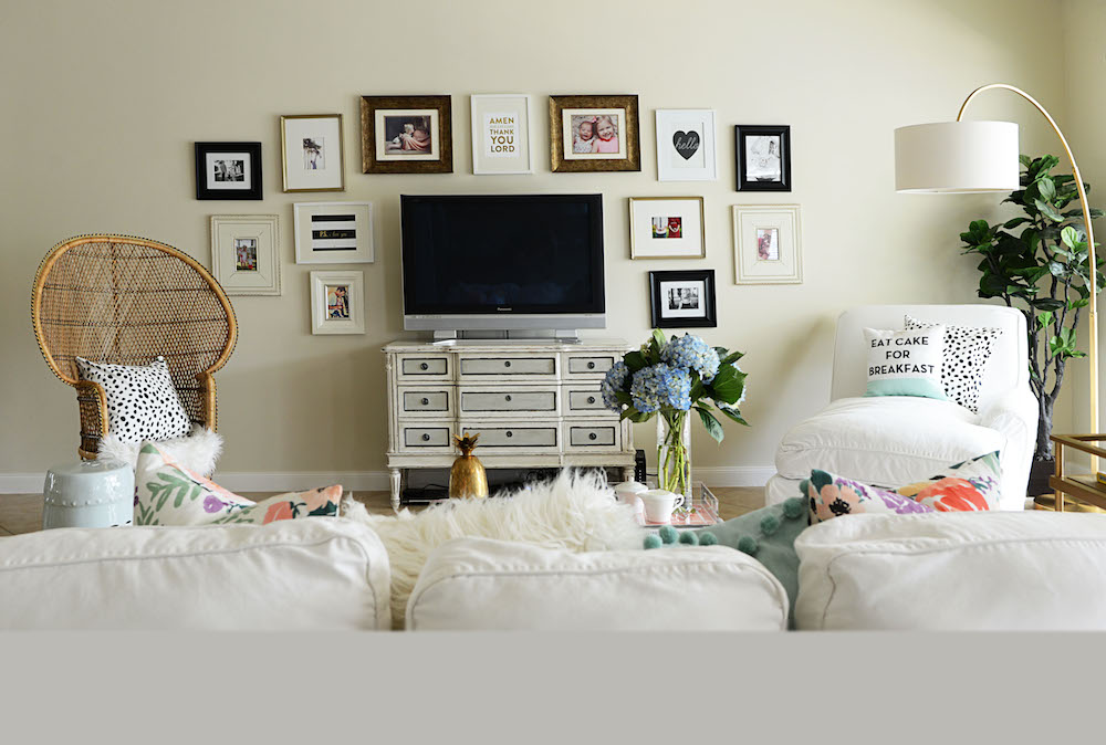 danielle 39 s at home style practical stylish living with west elm palm beach lately. Black Bedroom Furniture Sets. Home Design Ideas