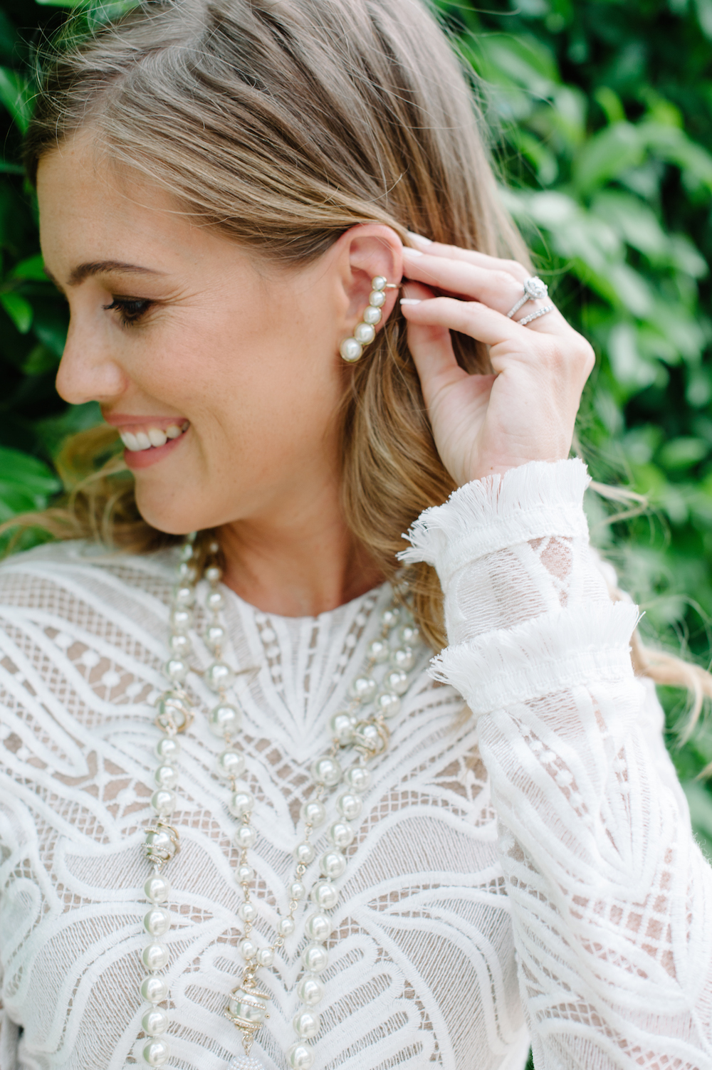 white_lace_dress_pearls_ear_cuff