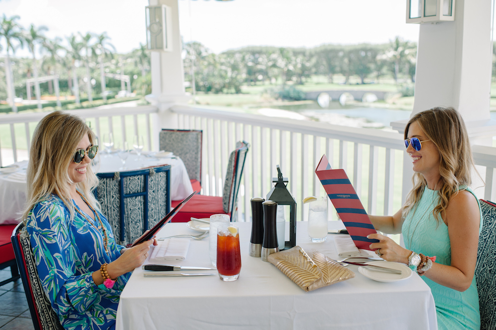 vacation_flagler_steakhouse_the_breakers_palm_beach_lilly_pulitzer_fashion