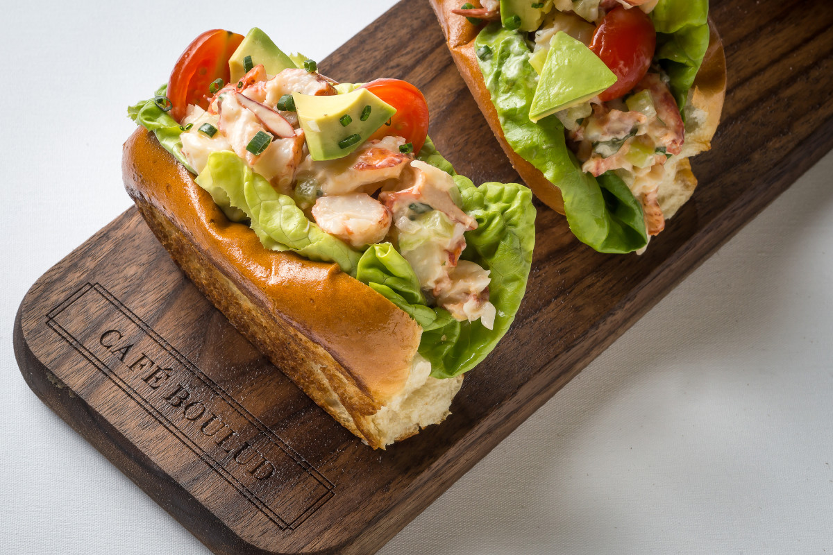 Maine Lobster Roll copy