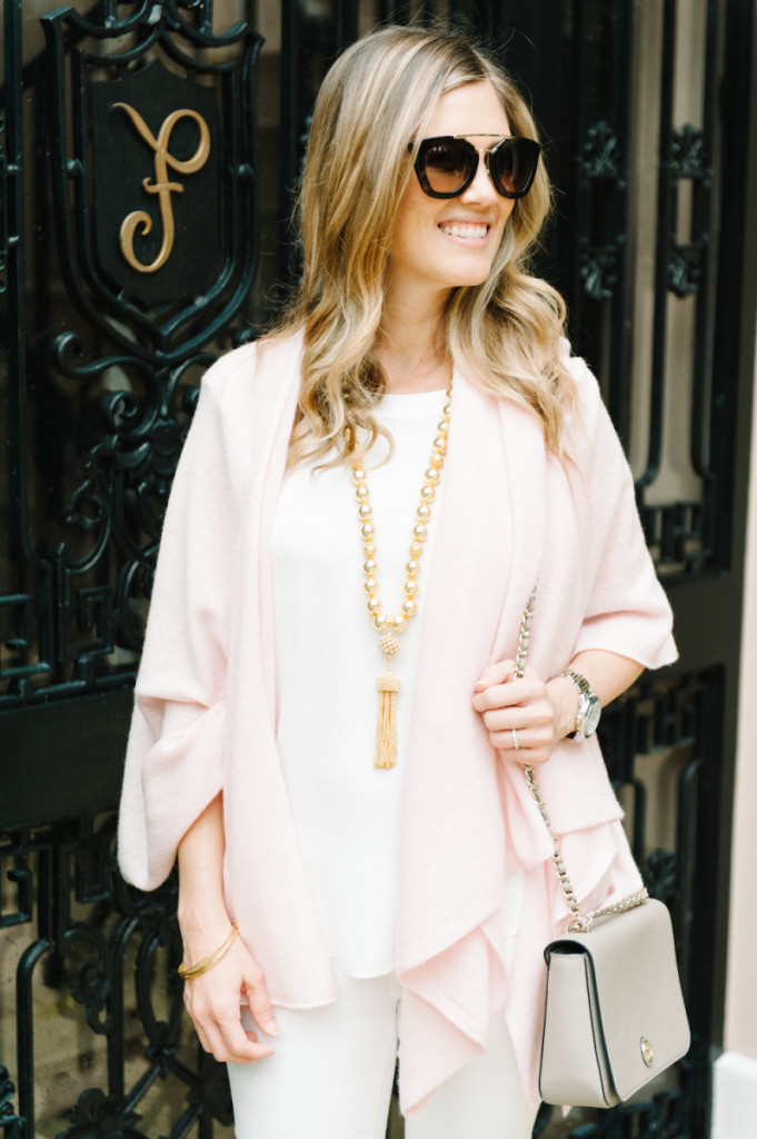 winter_outfit_worth_avenue_palm_beach_blush_cashmere_wrap_white_jeans_gold_tassel_necklace_sunglasses_bag