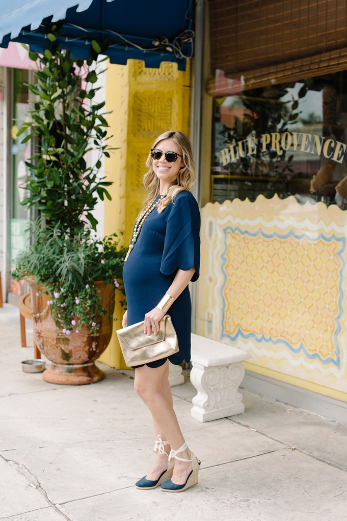 palm_beach_sail_to_sable_spring_fashion_navy_scallops_dress_gold_clutch_sunglasses