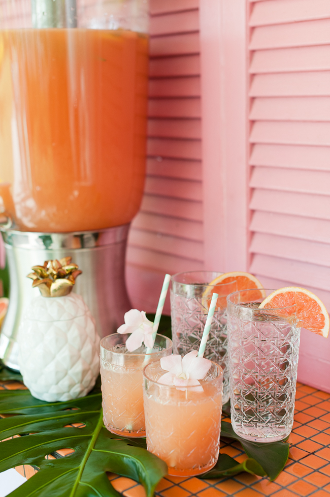 carleton_varney_frontgate_palm_beach_lately_the_colony_hotel_drink_dispenser_cups_fruit_straws_brunch_pinepapple_banana_leaf_palm_leaves_pink_mint_green_mothers_day