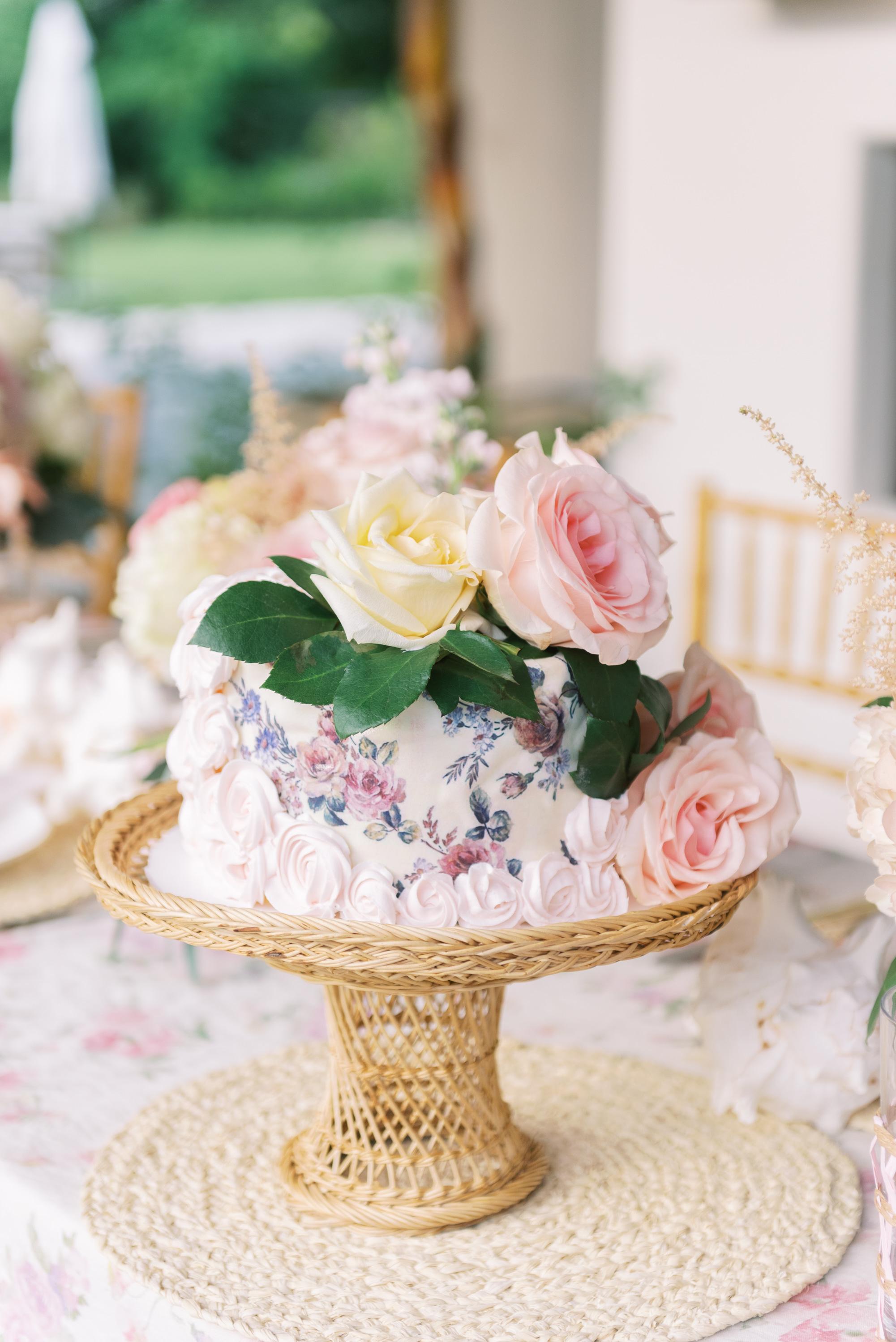 LoveShackFancy cake