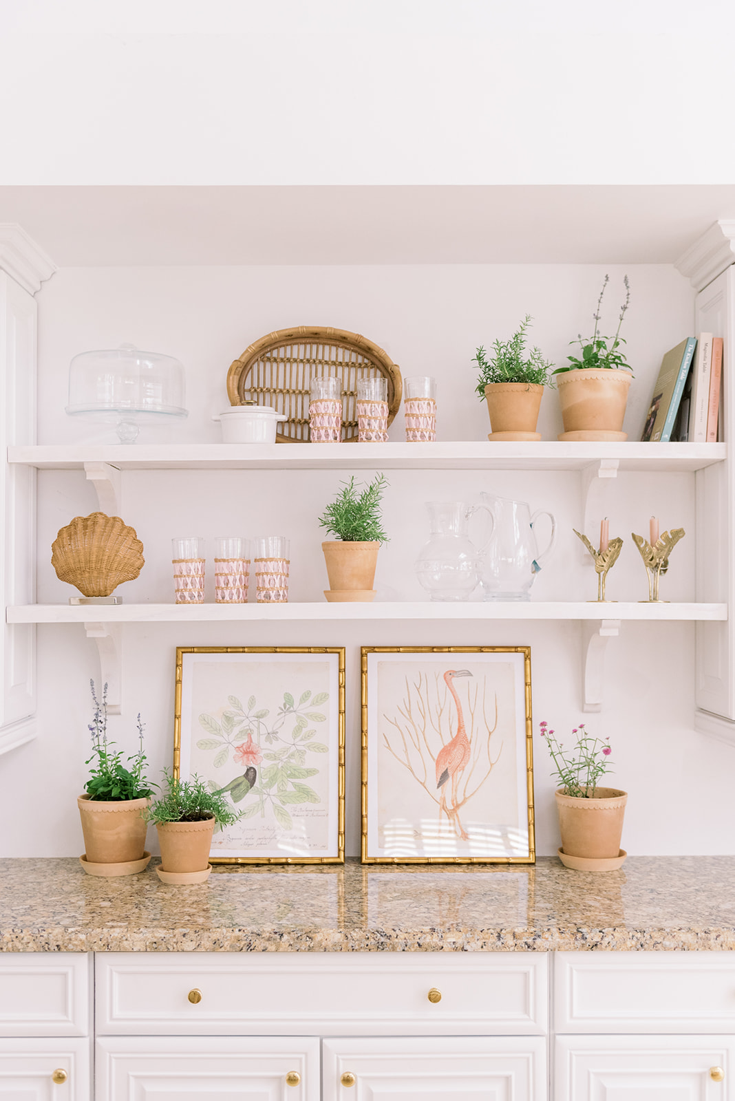 Home: Cottage Shelf Style with Palm Beach Lately