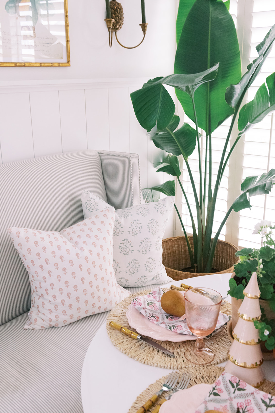 Holidays at Home: Pillows with Palm Beach Lately
