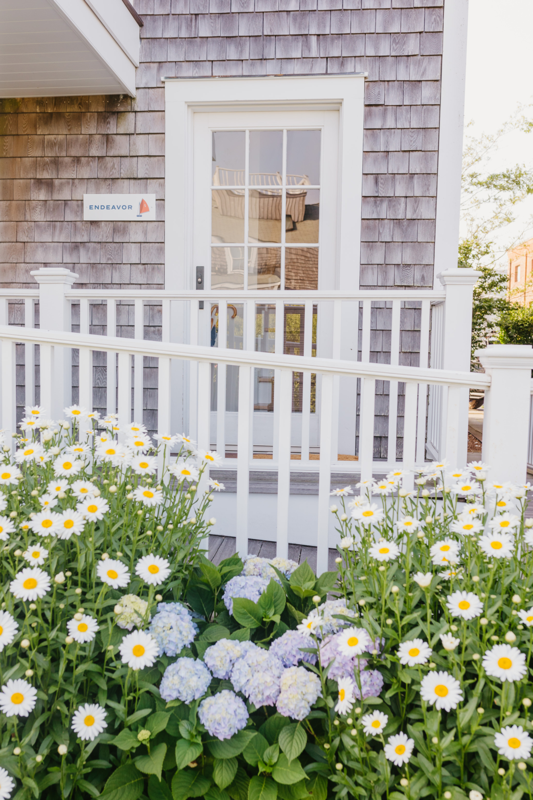 Travel: Designing the Endeavor Cottage with Serena & Lily at Inspirato Harborview Nantucket